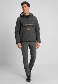 Napapijri - RAINFOREST POCKET  - Giacca invernale - dark grey solid - 1