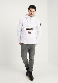 Napapijri - RAINFOREST SUMMER - Windbreaker - bright white - 1