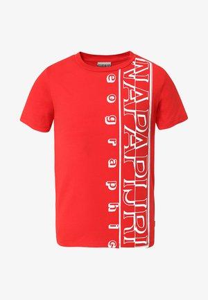 K SERI - Camiseta estampada - bright red