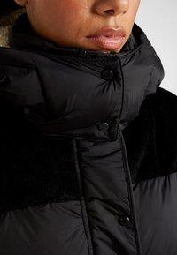 Napapijri - ANTERO  - Snowboardová bunda - black - 8