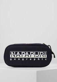 Napapijri - HAPPY - Penál - blue marine - 0