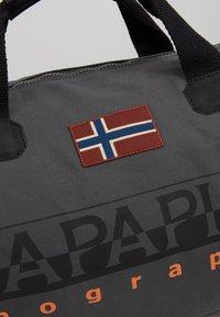 Napapijri - BERING  - Sports bag - dark grey solid - 7