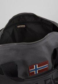 Napapijri - BERING  - Sports bag - dark grey solid - 4