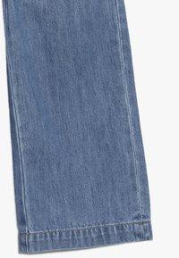 Name it - NMFBACULOTTA WIDE PANT - Flared Jeans - medium blue denim - 2
