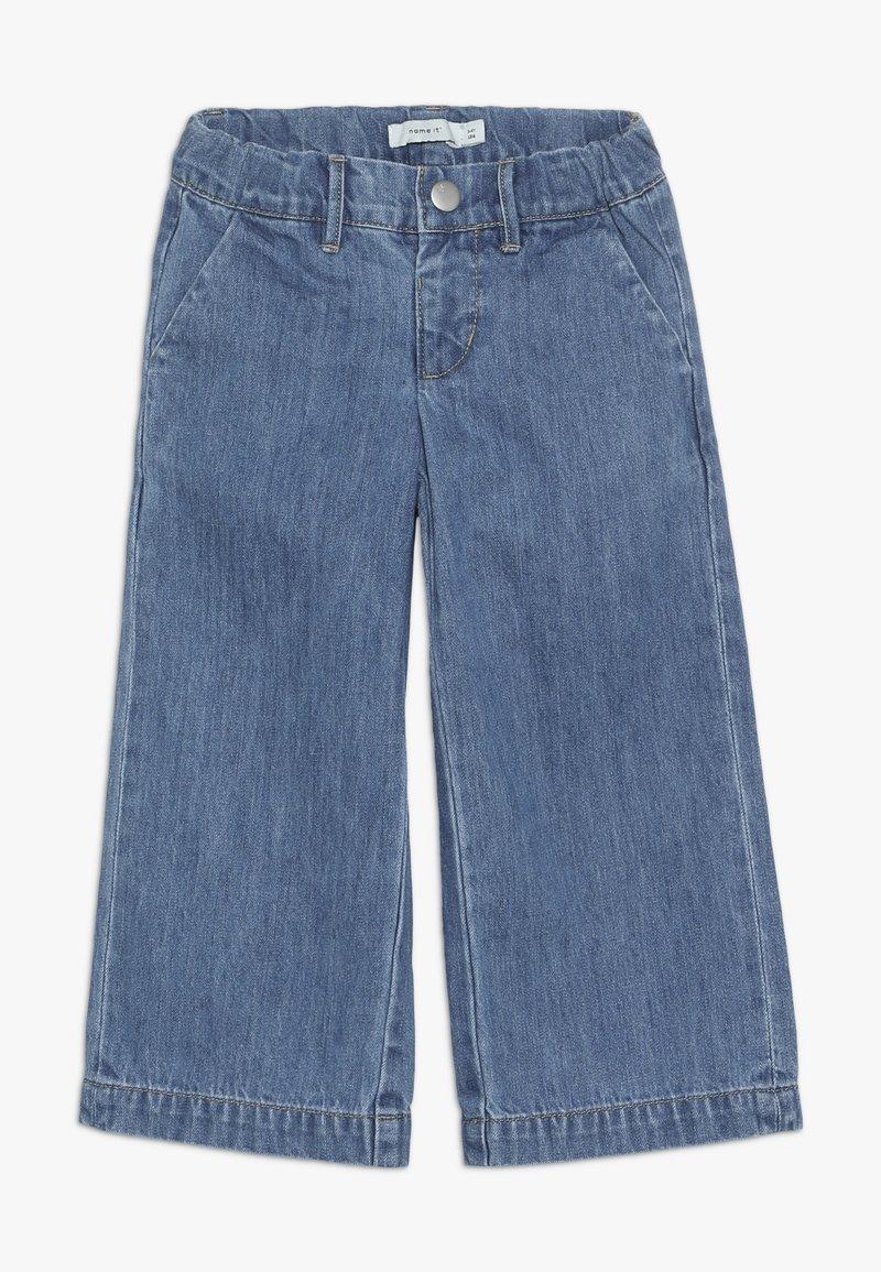 Name it - NMFBACULOTTA WIDE PANT - Flared Jeans - medium blue denim