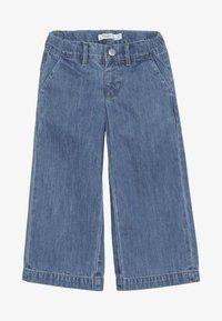 Name it - NMFBACULOTTA WIDE PANT - Flared Jeans - medium blue denim - 3
