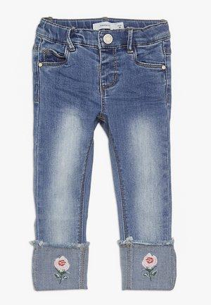 NMFPOLLY DNMBILA  ANCLE PANT - Jeans Skinny Fit - medium blue denim