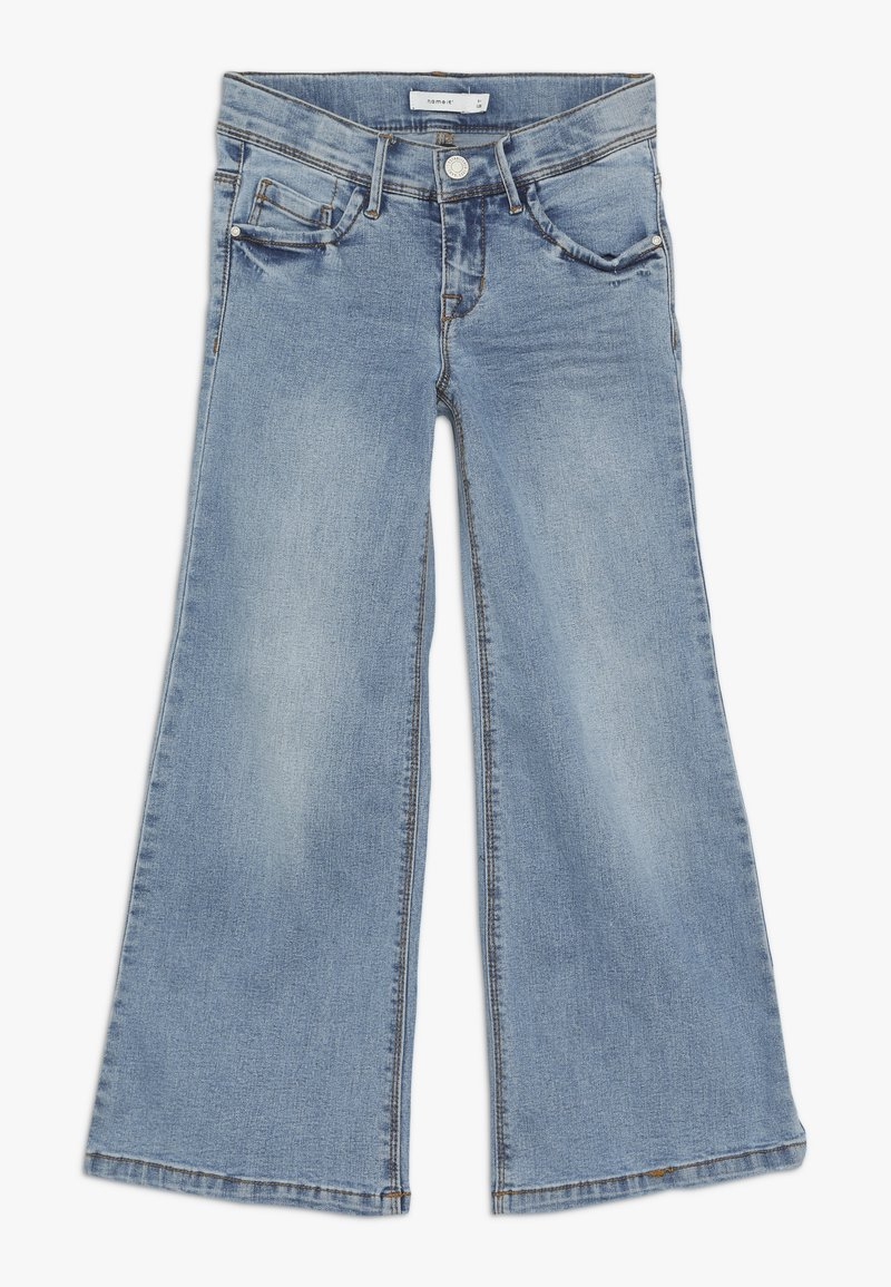 Name it - NKFATERETE WIDE PANT - Vaqueros bootcut - light blue denim