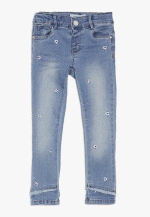 NMFPOLLY DNMBILA ANCLE PANT - Jeans straight leg - light blue denim