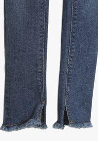 Name it - NKFPOLLY DNMTEJA ANCLE PANT - Slim fit jeans - medium blue denim - 2