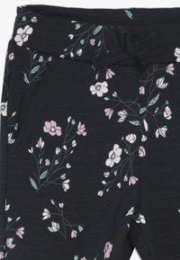 Name it - NMFNANNA PANT  - Teplákové kalhoty - dark sapphire - 4
