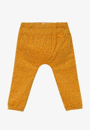 NBFNICOLE PANT - Bukser - golden orange