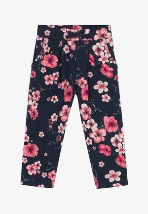 NMFTOCHERRY PANT - Trousers - dark sapphire