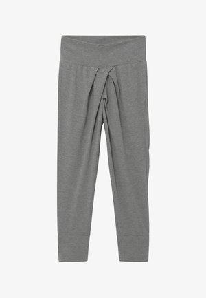NKFVAIA SOLID PANT - Teplákové kalhoty - grey
