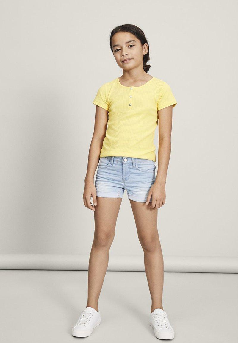 Name it - Denim shorts - light blue denim