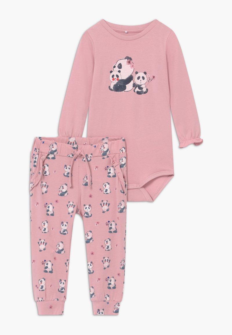 Name it - NBFTRACY BODY SET - Pantaloni - pink nectar
