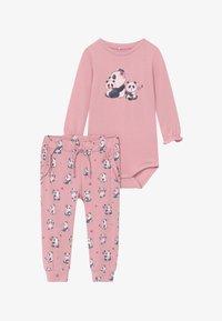 Name it - NBFTRACY BODY SET - Pantaloni - pink nectar - 3
