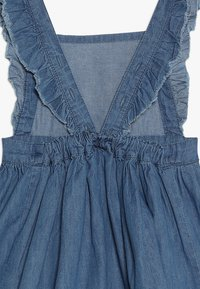 Name it - NMFBASHA DRESS MINI - Jeanskjole / cowboykjoler - medium blue denim - 3