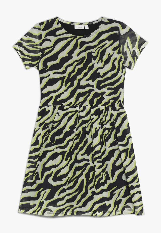 NKFLUCKY DRESS - Vapaa-ajan mekko - pastel yellow