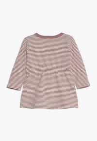 Name it - NBFDELUCIOUS STRIPE - Jersey dress - woodrose - 1