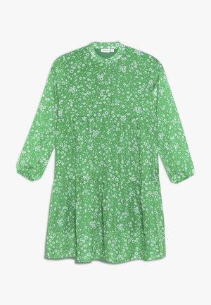NKFLINA DRESS - Vapaa-ajan mekko - jolly green