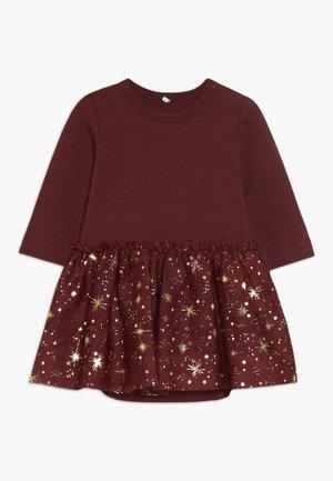 NBFRITT BODY DRESS - Jerseykjoler - cabernet