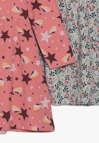 Name it - NMFVUSANNE DRESS 2 PACK - Jerseyklänning - sugar coral - 4