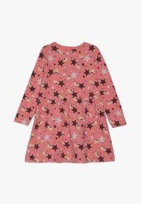 Name it - NMFVUSANNE DRESS 2 PACK - Jerseyklänning - sugar coral - 2