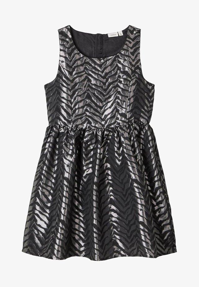 GEWEBTES  - Korte jurk - silver