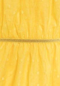Name it - NKFVABOSS SPENCER - Robe de soirée - aspen gold - 2