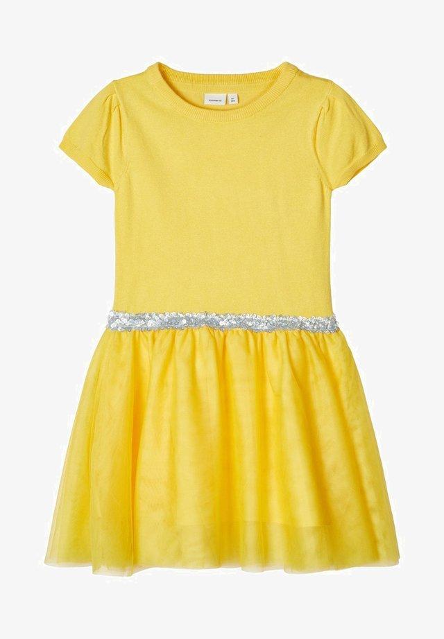 Korte jurk - aspen gold