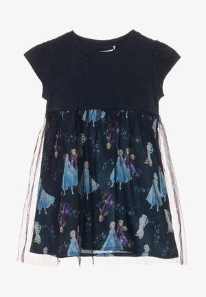NMFFROZEN HIKO DRESS - Denní šaty - dark sapphire