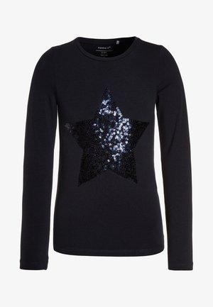 NKFPASTAR SLIM FIT - Camiseta de manga larga - dark sapphire