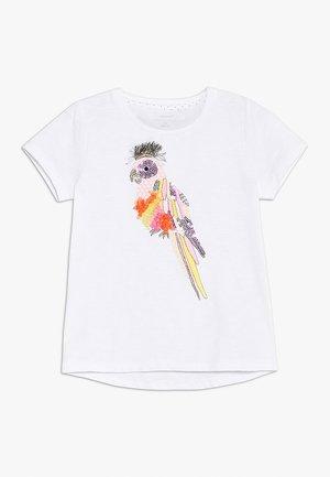 NKFFEDORA - T-shirt z nadrukiem - bright white