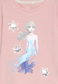 Name it - DISNEY FROZEN ELSA - Langarmshirt - silver pink - 3