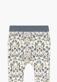 Name it - NBFFLORENTIN SET - Pantalones - snow white - 4