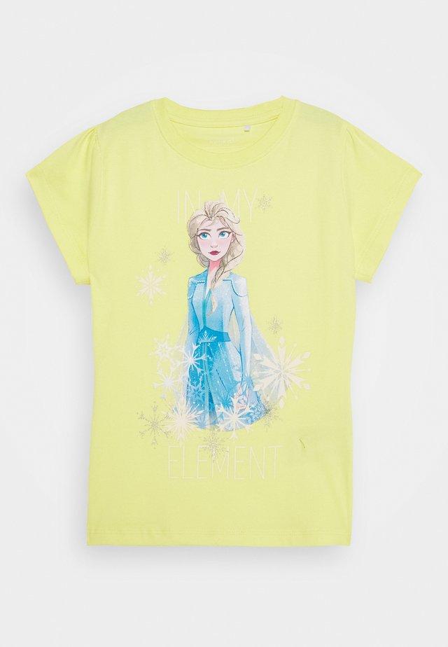 NKMFROZEN TEA - Print T-shirt - limelight