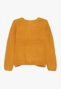 Name it - NKFNIJIA - Trui - golden orange - 1