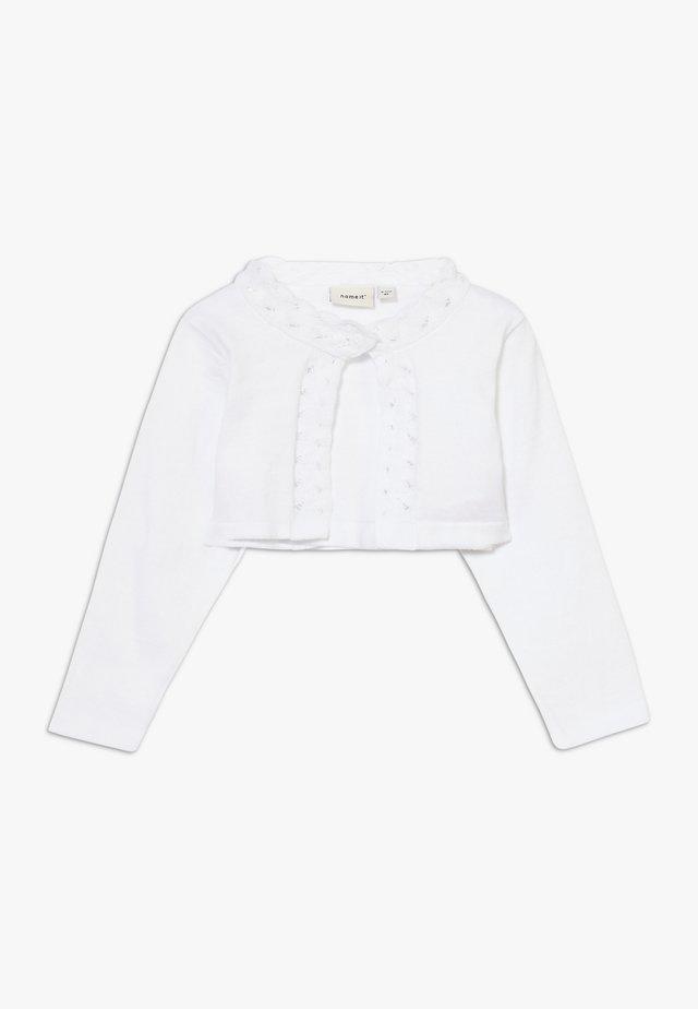 NBFDINISA BOLERO - Strickjacke - bright white
