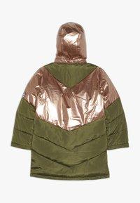 Name it - NKFMUSIC LONG PUFFER JACKET - Winter coat - winter moss - 1