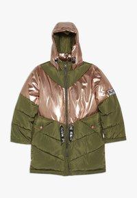 Name it - NKFMUSIC LONG PUFFER JACKET - Winter coat - winter moss - 0