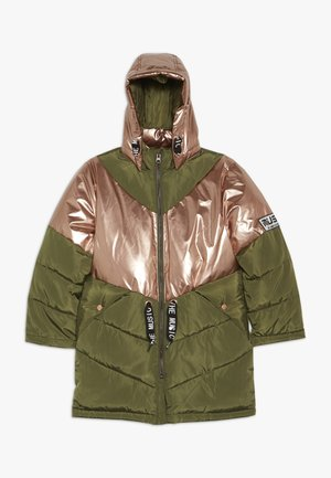 NKFMUSIC LONG PUFFER JACKET - Vinterkappa /-rock - winter moss