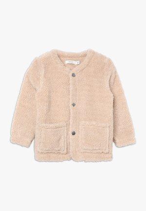 NMFNOLGA JACKET - Fleecová bunda - pure cashmere
