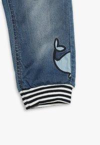 Name it - NBMBOB DNMBAJAKE PANT - Jeans Tapered Fit - medium blue denim - 5