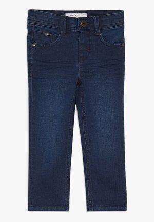 Pantalones - medium blue denim