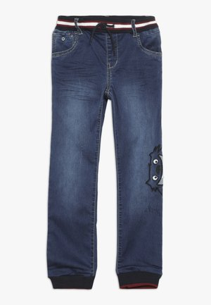 NMMBOB PANT - Džíny Slim Fit - medium blue denim