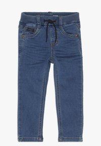 Name it - NMMROBIN PANT - Džíny Slim Fit - medium blue denim - 0