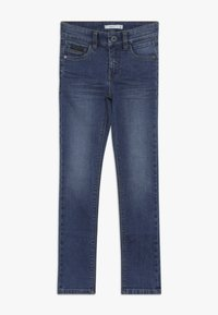 Name it - NKMTHEO PANT - Vaqueros boyfriend - medium blue denim - 0