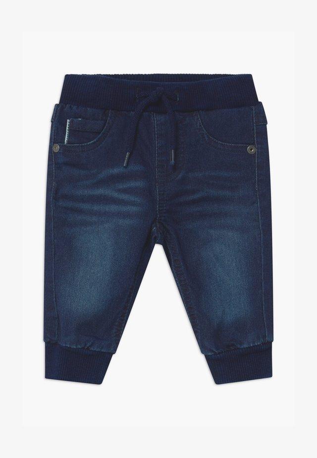 NBMROMEO DNMTOLLYS - Relaxed fit jeans - dark blue denim