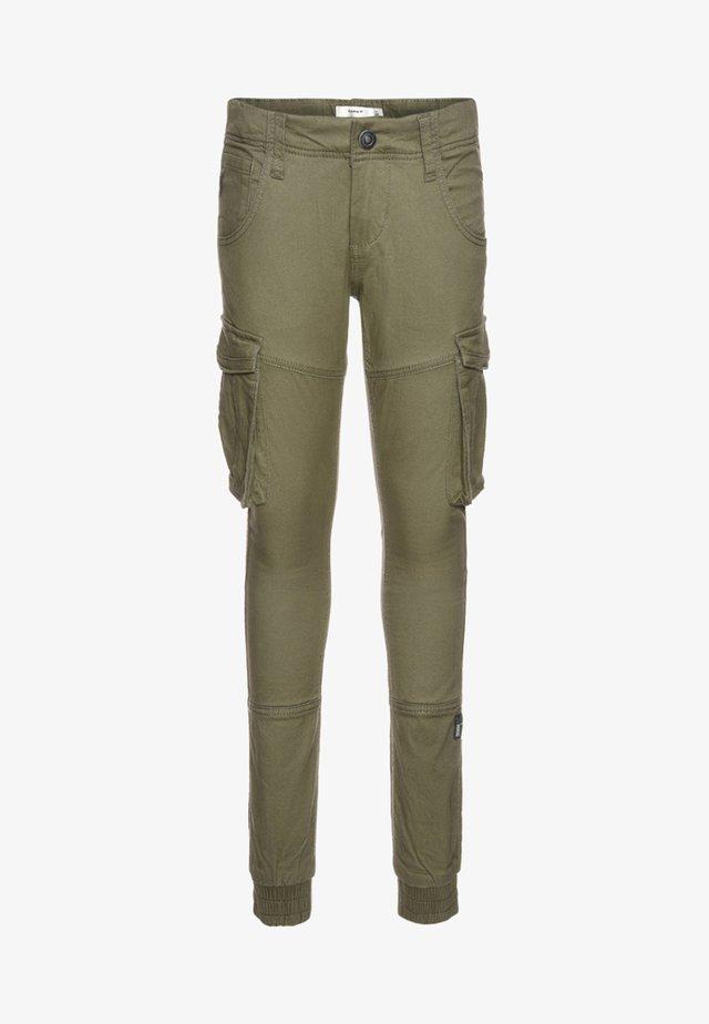 NITBAMGO PANT  - Pantalon cargo - deep lichen green